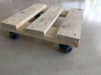 Pflanzenroller 300x300mm aus Nadelholz natur, 4x Doppelrollen Ø35mm fertig montiert
